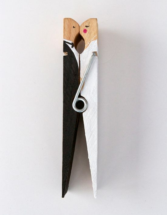 I pinned another kissing clothespin picture a few weeks ago and commented it would make a perfect wedding favor with a bride and groom.  And here it is!