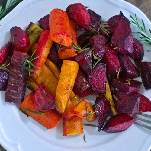 Rosemary Roasted Beets and Carrots — Just Beet It