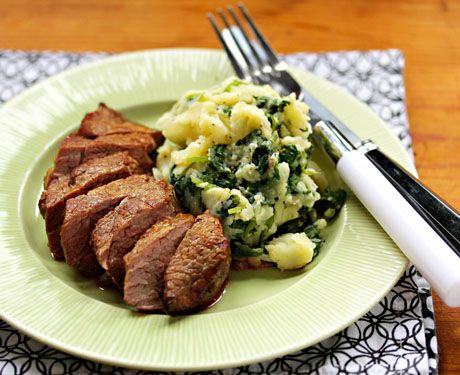 Boerenkool (kale with mashed potatoes), a traditional Dutch side dish. Versatile and gluten-free.
