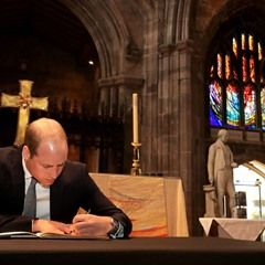 Prince William visits Manchester Cathedral to sign book of condolence