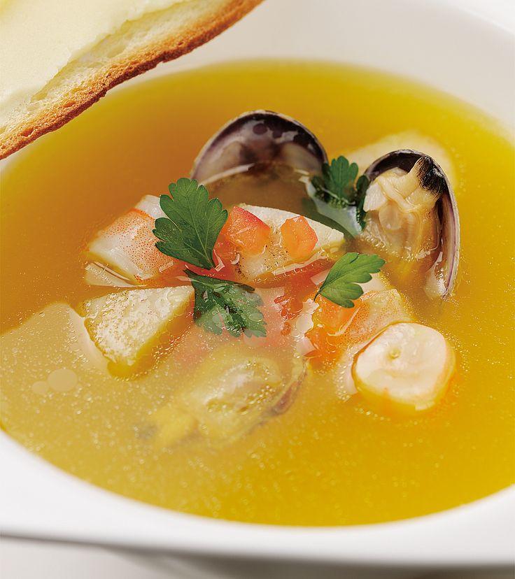 魚介のブイヨンサフラン風味