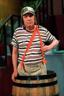 El Chavo es el personaje mas famoso de Chespirito. En los 70's, 350 millones de personas veian la programa de El Chavo.