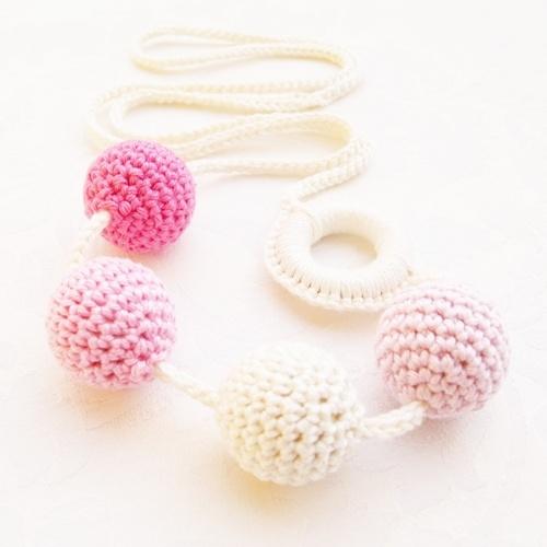 "Babahami Horgooka ""Rózsa"" creative mummy lace, teething necklace"