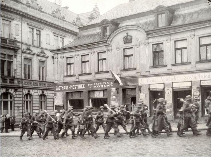 Est.20 SS Turnov Němci ústup květen 1945