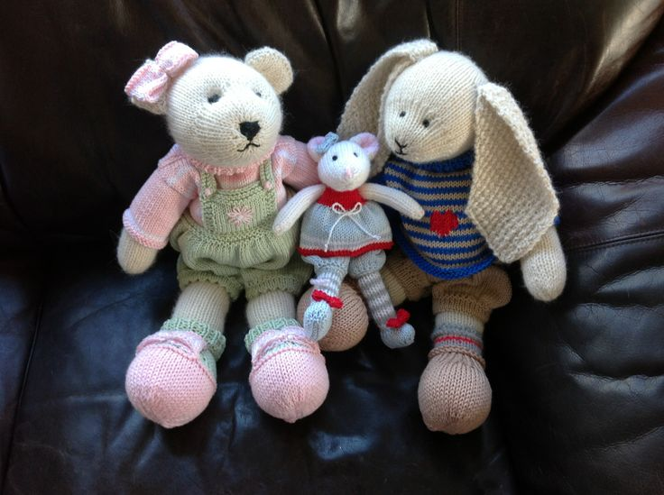 Bed buddies for the grandchildren. Loved knitting these softies :)