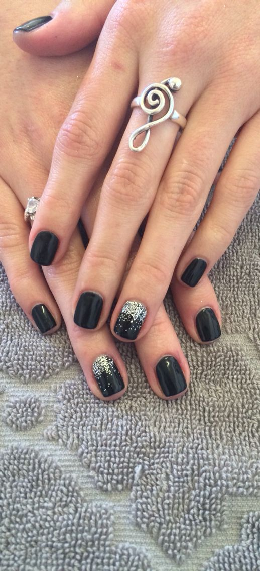 Black shellac with glitter:) #nailsbyalexi