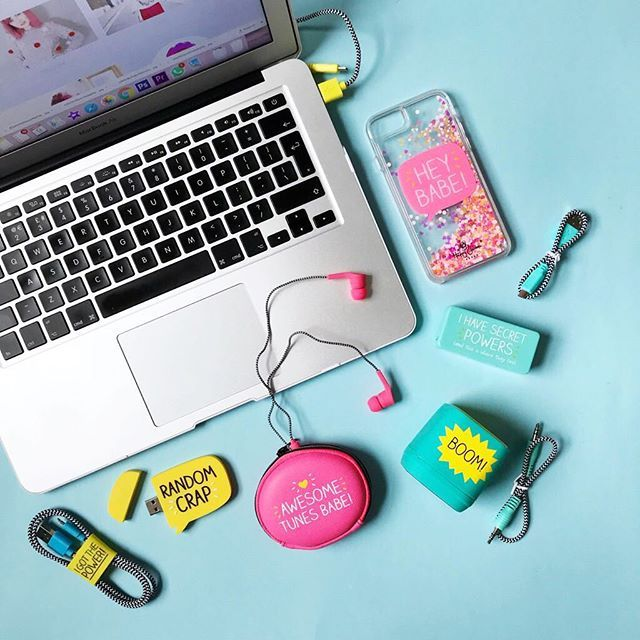 Catching up with blog posts & editing today! Lazy Sundays working in pyjamas are much brighter and happier with @happyjacksonuk new range! If you know me youll know I love stationary & cute things so these little gadgets and tech items are so perfect for gifts & brightening your work space. Get 15% off with my code HAPPYPAIGE  . . . . . . . . #sp #happyjackson #stationary #sundayvibes #lbloggers #cute #cutestationery #headphones #work #freelance #brightandhappy #happy #details #ad