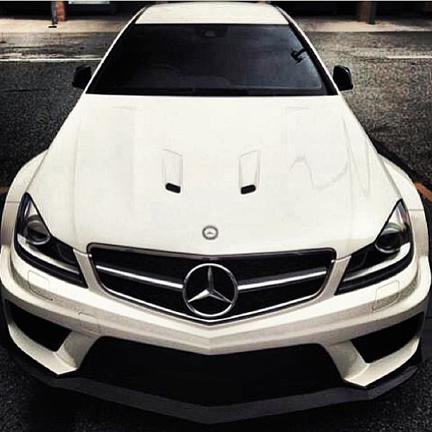 this is one mean machine mercedes benz amg luxury car. Black Bedroom Furniture Sets. Home Design Ideas