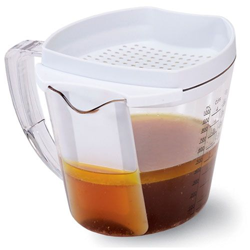 Gravy Separator - Even if you only make gravy a few times a year you need this gravy separator. No waiting for it to cool so you can get rid of all the extra fat.