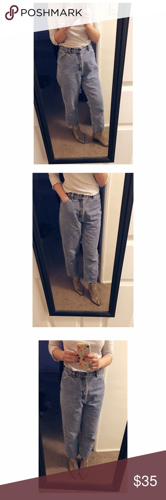 ⭐️ Vintage High Waisted Jeans ⭐️ The perfect high-waisted vintage jeans you could ever ask for! Bought off a posher and cropped them to wear with ankle boots, loafers or sneakers. Have to resell because they're way too big on me 🙁 tried to make it work! Waist is about 14.5inches. So between a 27-28 would be ideal. Vintage Jeans Ankle & Cropped