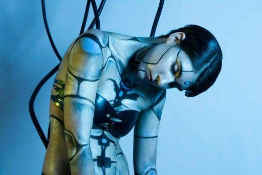 Model: Philia Photographer: Miss Hepburn Photography Face makeup and hair: Sam Ellenberger Makeup Artistry Bodypaint: Megan Wylie