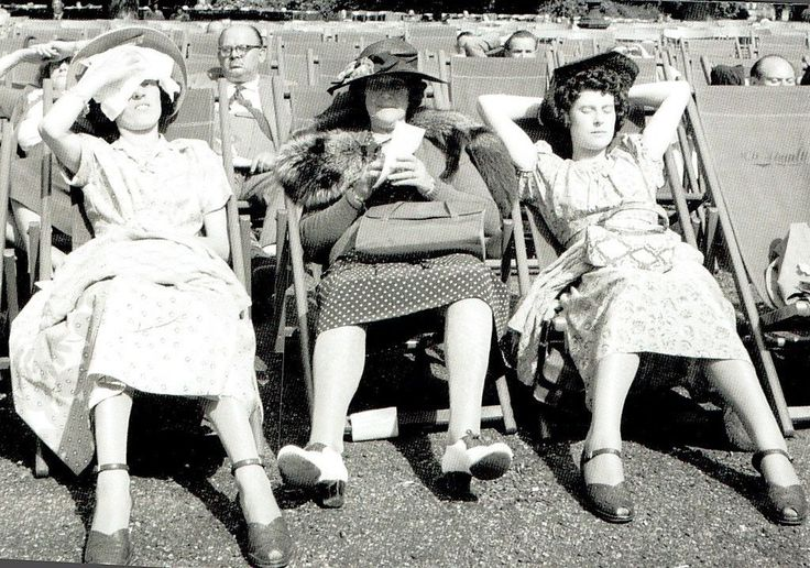 I'm the one on the left. London - Heatwave in 1952.