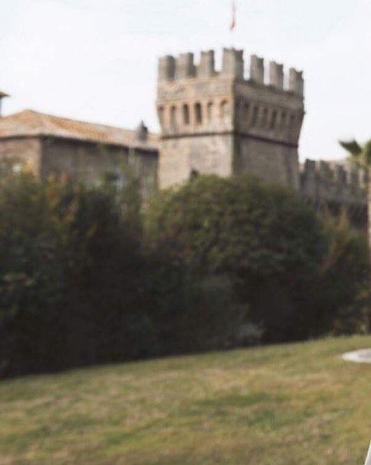 "The sicilian beauty..  "" dress by #lebaobab  Styling : Margherita Venturoni Hair stylist: Luigi gentile Make up: Camilla iacobitti Today on @thatsamorebridalblogazine  #bride #sposa #Italia #matrimonio #sposo #italianwedding #wedding #weddingdress #weddingday #lebaobab #madeinitay"