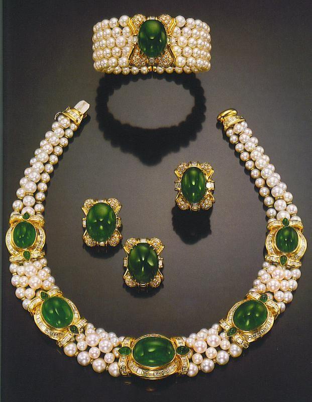 Bulgari Pearl and Emerald Parure.