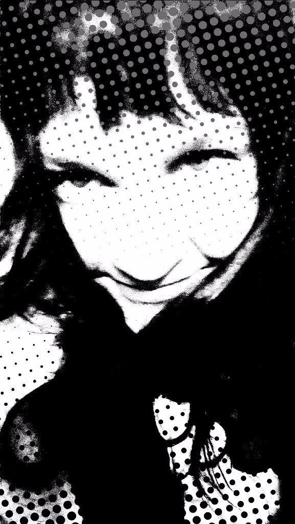 Partly film noir, portrait comp - satuy   ello