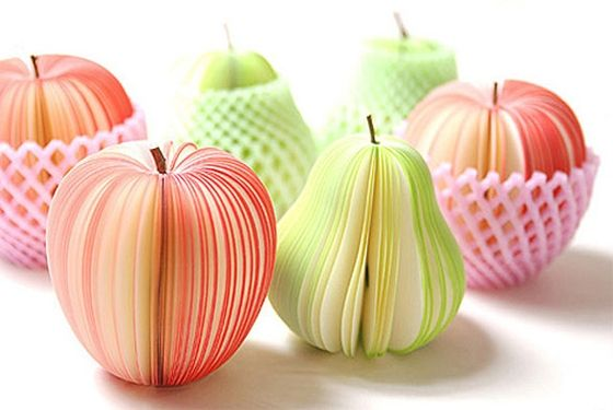 Fruit Post-It Notes...Adorable! Just wish I could get my hands on them!