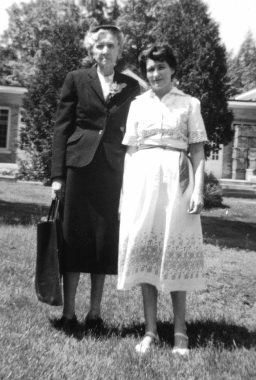 """Grandma, """"Annie"""" Allen, and mom, at Grevenhurst Sanitorium, July 3, 1958"""
