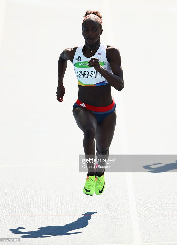 Dina Asher-Smith of Great Britain competes in round one of the Women's 200m on Day 10 of the Rio 2016 Olympic Games at the Olympic Stadium on August 15, 2016 in Rio de Janeiro, Brazil.