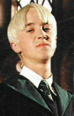 New Girl (Draco X Reader) - Chapter three | Draco Malfoy in