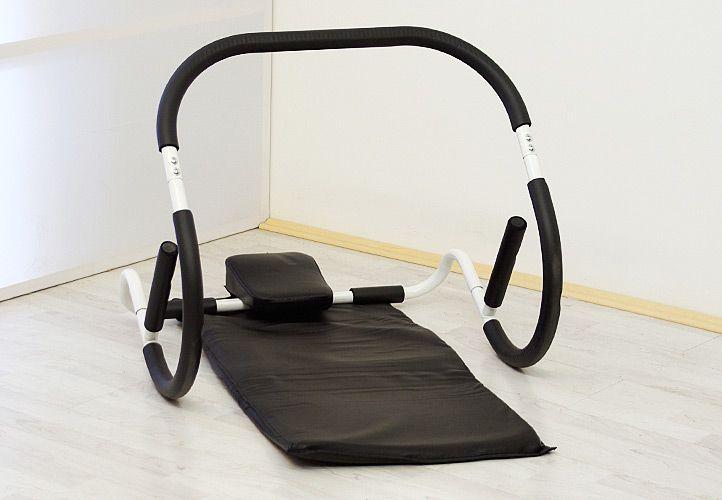 Ab Roller, profesjonalne urządzenie do ćwiczeń mięśni brzucha z matą.