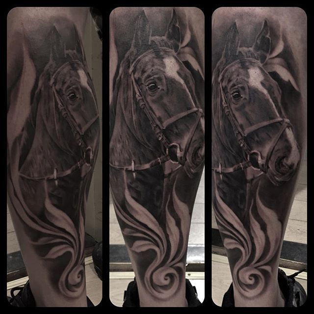 A horse portrait from today with some @carlostorresart inspired filigree #horse #horsetattoo #filigree #filigreetattoo @skinart_mag @tattooistartmag @madzilly.aso @superb_tattoos @tattoo_art_worldwide @savemyink @tattoodo @inkedmag @inksav  #bng #bngis #bngtattoo #blackngrey #blackngreytattoo #greywash #greywashtattoo #greyscale #greyscaletattoo #tattoo #tatovering #artntattoo #viborg #danmark #taot