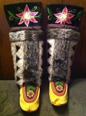 Inuit made women's sealskin kamiks by Tanya Innaarulik