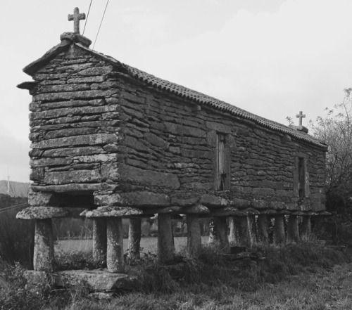 De hórreo galego historische graanspiekers uit het Spaanse Galicië.