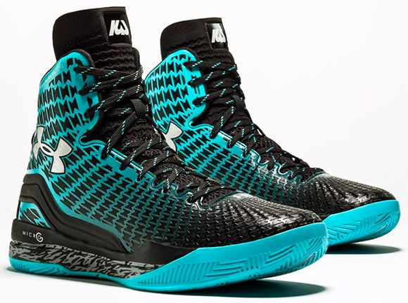 Under Armour Curry  Shoes For Kids