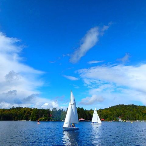 Patches of blue skies between the storms ... having a blast with @albert.college this week! ⛵️🌧🌞 #TamakwaSpirit #tamakwafall