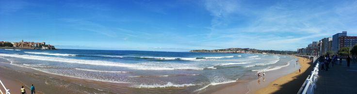 Panorámica de la playa de Gijón