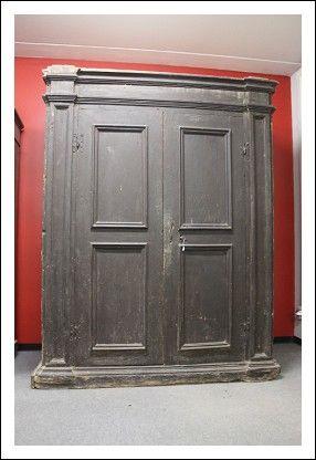 Eccezionale Antica dispensa stipo credenza Barocco epoca 600. Da eredità in patina. Antico Antiquar