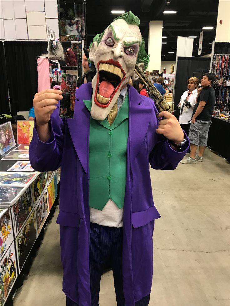 Amazing #Joker at #A-Kon the #CWBT!   Check out our #MetalBookmarks at http://ColorworldBooks.com/  #Colorworld #Cosplay #ConLife #Villian #Batverse  #A-Kon #FortWorth #Texas #Anime