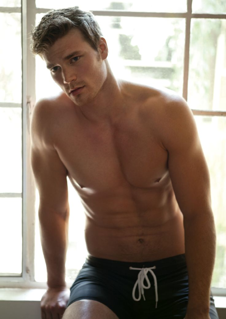 Derek Theler, Danny, from Babby Daddy...so cute