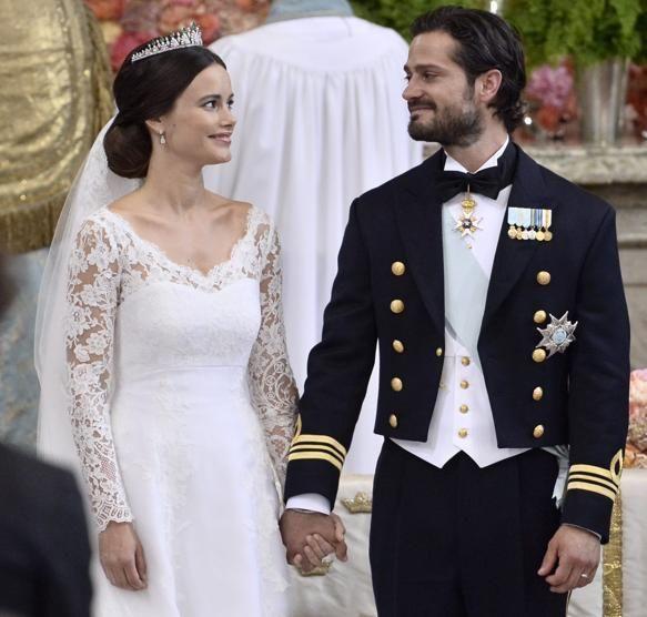 Svezia, nozze reali: principe sposa l'ex modella hot Sofia - La Stampa