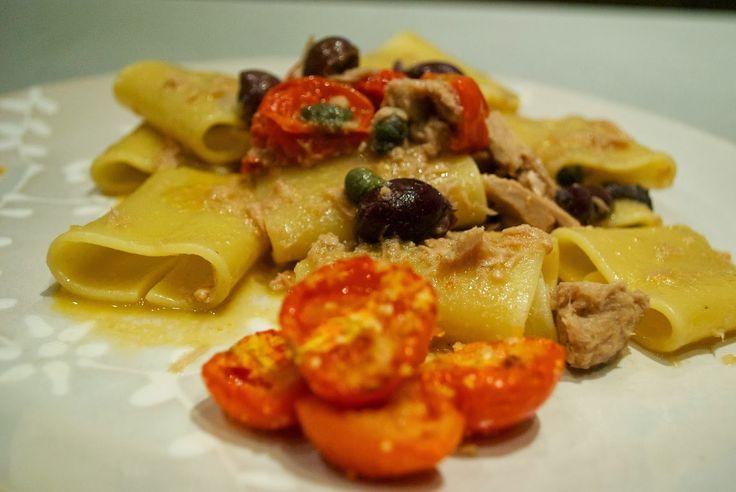 Schiaffoni con tonno, olive nere, capperi e pomodorini gratinati   Barbie magica cuoca – blog di cucina