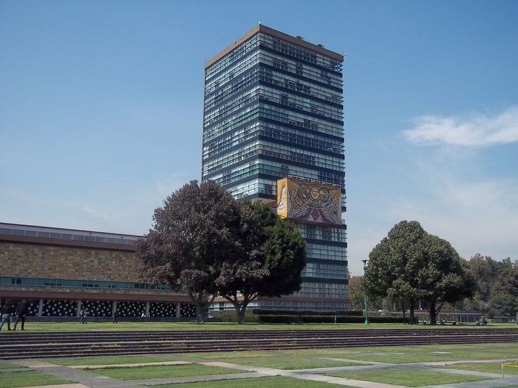 Torre de Rectoría, Ciudad Universitaria. #UNAM #CDMX #Universidad #Rectoria #Mexico #Arquitectura #Lugares #Edificios