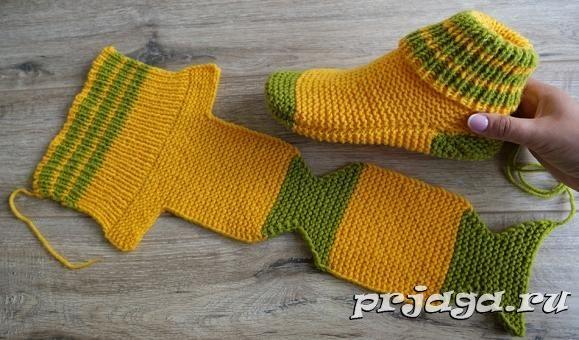 Chaussettes sur 2 aiguilles | Tricot chausette, Comment tricoter des chaussettes et Tricot facile