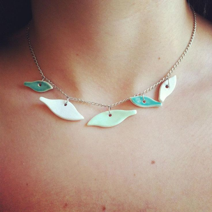 ceramic necklace, jewelry. Like the idea not the design