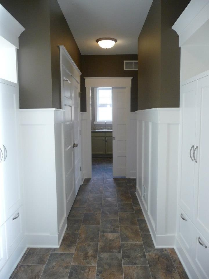 The wainscoting the color that floor and