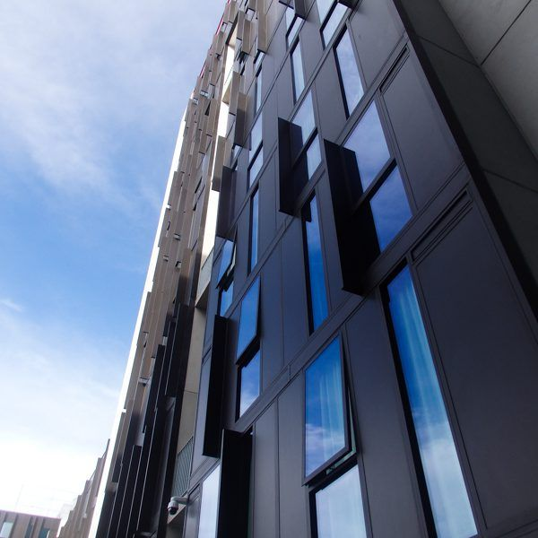 Hobart Apartments, the latest NRAS-approved dwellings by the University of Tasmania, feature U-MAX thermally broken window systems. #ispyai #sustainable #forwardtasmania