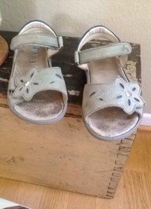 Kaufe meinen Artikel bei #Mamikreisel http://www.mamikreisel.de/kleidung-fur-madchen/sandalen/40051129-verstellbare-ultra-bequeme-sandalen