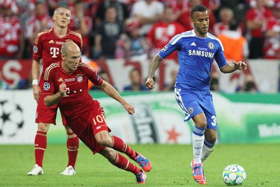 Spurs & Liverpool linked with a move for Chelsea's Ryan Bertrand