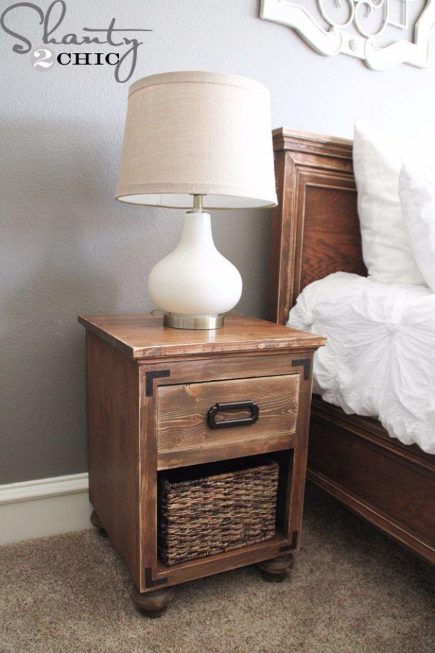 DIY Nightstands for the Bedroom – DIY Nightstand with Bun Feet – Easy Do It Your…