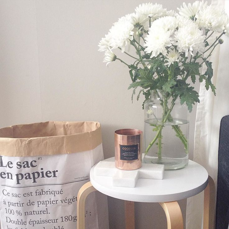 So happy I was able to bring back some shine to my @cocolux_australia candle I found a natural way to clean it - salt and vinegar! #homedecor #homewares #myhome #marble #copper #flowers #spring #springcleaning #lesacenpapier #white #scandi #minimal #minimalism #interior #instagood #interiors #interiordesign #decor #details #vignette #Kmart #kmartnz #kmarthome #kmartaddictsunite #kmartobsessed #kmartjunkie #cocolux by pandas__home