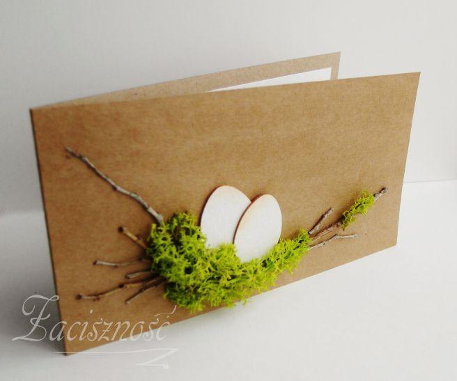 Wielkanocne jajka na mchu/ Easter eggs on moss