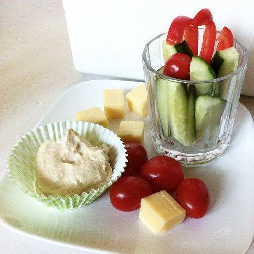 Gezonde Snack Inspiratie - Fitbeauty.nl Humus met groentjes