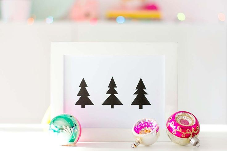 Download this #printable for free at my blog. Merry Christmas!!  Printable: A bunch of Christmastrees http://www.bringinghappiness.nl/printable-a-bunch-christmastrees/
