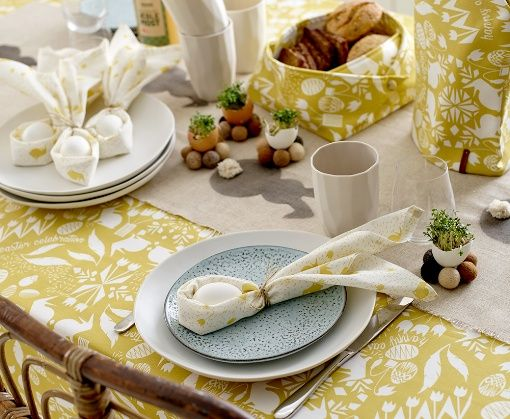 Woven curry w easter print - Stoff & Stil