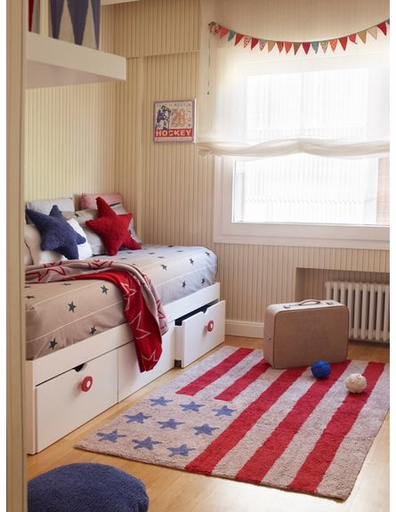 American Flag Cotton Rug in Red - USA Themed Room #rosenberryrooms