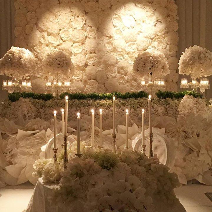Amazing white wedding design by floral designer Jeff Leatham